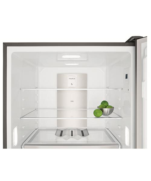 Flexible shelf system Electrolux 530L Fridge