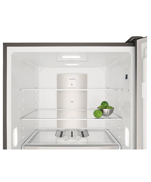 Flexible shelf system Electrolux 530L Fridge