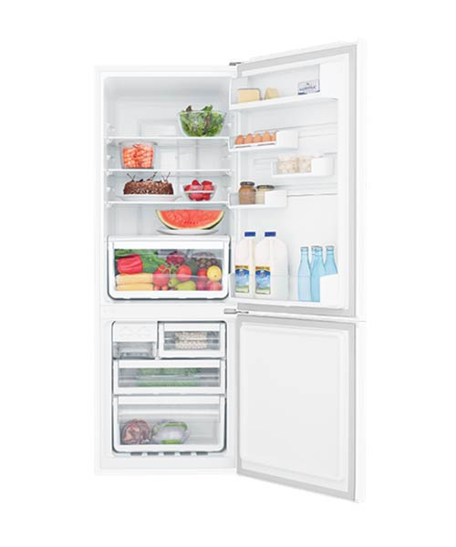 Lots of space inside fridge – WBB3400WG