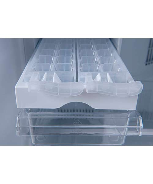 Ice-drawer-and-bottom