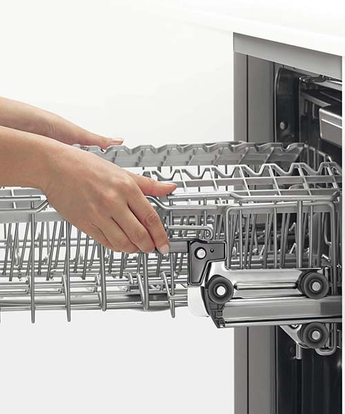 Basket Feature on DW60FC Series Dishwasher