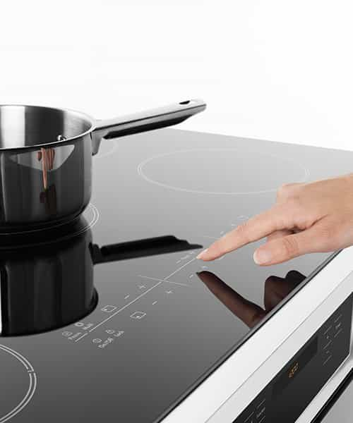 WFE946SB Ceramic Cooktop